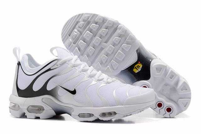 various styles undefeated x special sales acheter air max plus tn noir,nike tn plus pas cher,chaussure nike ...